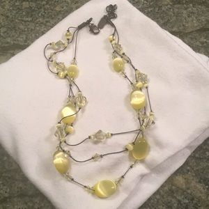 Jewelry - Yellow crystal necklace